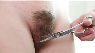 Pussy shaving for a insatiable brunette youngster